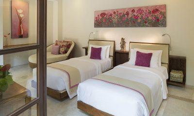 Lataliana Villas 5Br Twin Bedroom   Seminyak, Bali