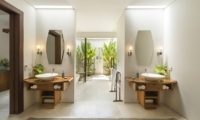 LataLiana Villas 5Br En-suite Bathroom | Seminyak, Bali