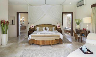 LataLiana Villas 2Br Master Bedroom   Seminyak, Bali