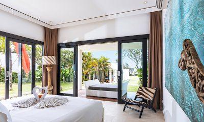 Villa Anucara Bedroom with Balcony | Seseh, Bali