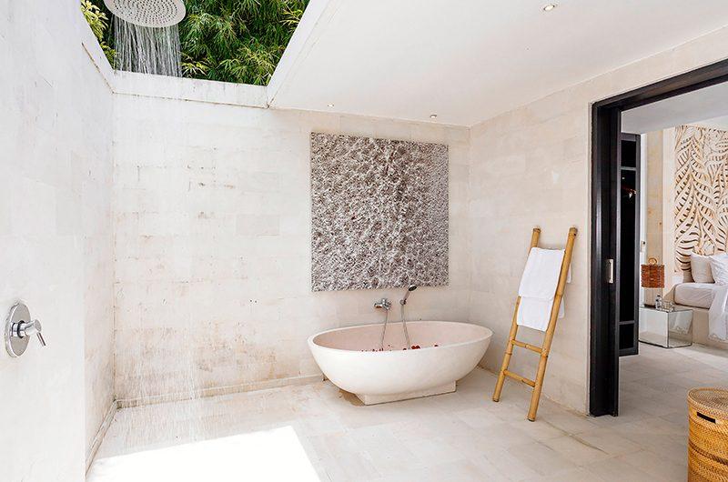 Villa Anucara Bathtub | Seseh, Bali