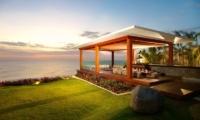 Villa Istana Bale and Ourdoor Dining Area | Uluwatu, Bali