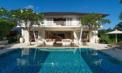 Villa Jajaliluna Pool Side Lounge | Seminyak, Bali