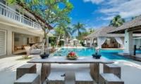 Villa Jajaliluna Outdoor Dining | Seminyak, Bali
