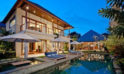 Villa Joss Sun Beds | Batubelig, Bali