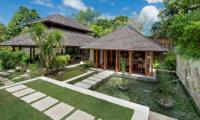 Villa Pangi Gita Outdoor View | Pererenan, Bali