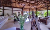 Villa Pangi Gita Living Area | Pererenan, Bali