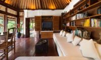 Villa Pangi Gita Study and TV Room | Pererenan, Bali