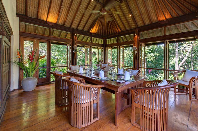 Villa Pangi Gita Dining Area with Garden View | Pererenan, Bali
