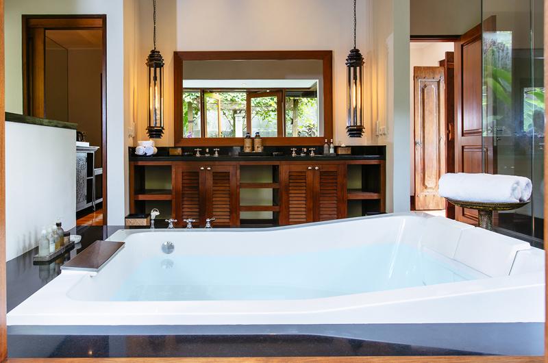 Villa Semarapura Master Bathroom | Seseh-Tanah Lot, Bali