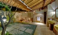 Villa Sungai Tinggi Outdoor Bathtub | Canggu, Bali