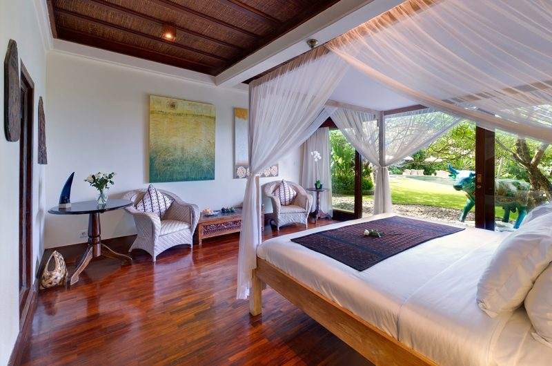 Villa Sungai Tinggi Four Poster Bed with Garden View | Pererenan, Bali