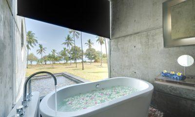 Villa Sapi Romantic Bathtub Set Up | Lombok, Indonesia