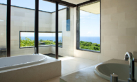 Alila Villas Uluwatu Two Bedroom Villa Bathtub | Uluwatu, Bali