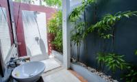 Kembali Villas Two Bedroom Villas Bathroom | Seminyak, Bali