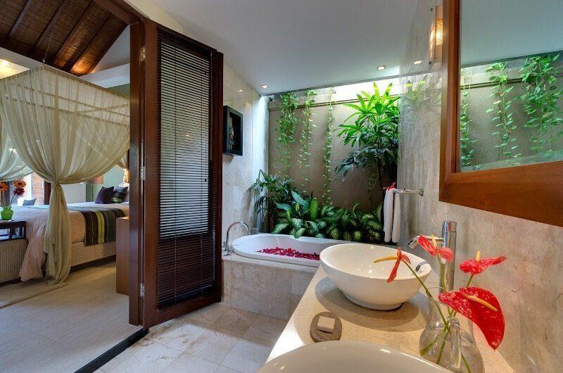 Lakshmi Villas Bathroom | Seminyak, Bali