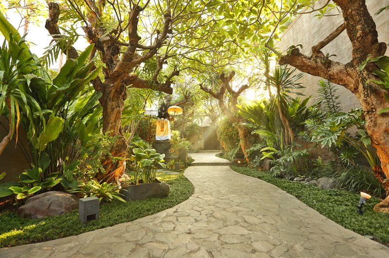Le Jardin Villas Pathway | Seminyak, Bali
