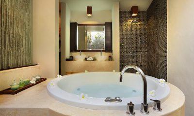 Le Jardin Villas Romantic Bathtub Set Up | Seminyak, Bali