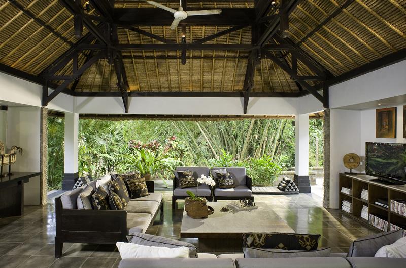 Maya Retreat Living Room   Canggu, Bali