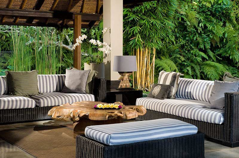 Maya Retreat Lounge   Canggu, Bali