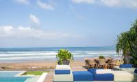 Noku Beach House Lounge | Seminyak, Bali