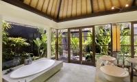 Peppers Seminyak Bathtub with Garden View | Seminyak, Bali