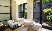 Peppers Seminyak Bathroom with Mirror | Seminyak, Bali