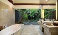 Peppers Seminyak Bathroom with Bathtub | Seminyak, Bali