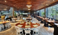 Peppers Seminyak Dining Tables | Seminyak, Bali