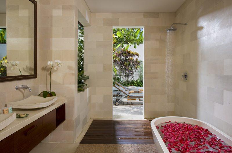 Saba Villas Bali Villa Arjuna Bathroom | Canggu, Bali
