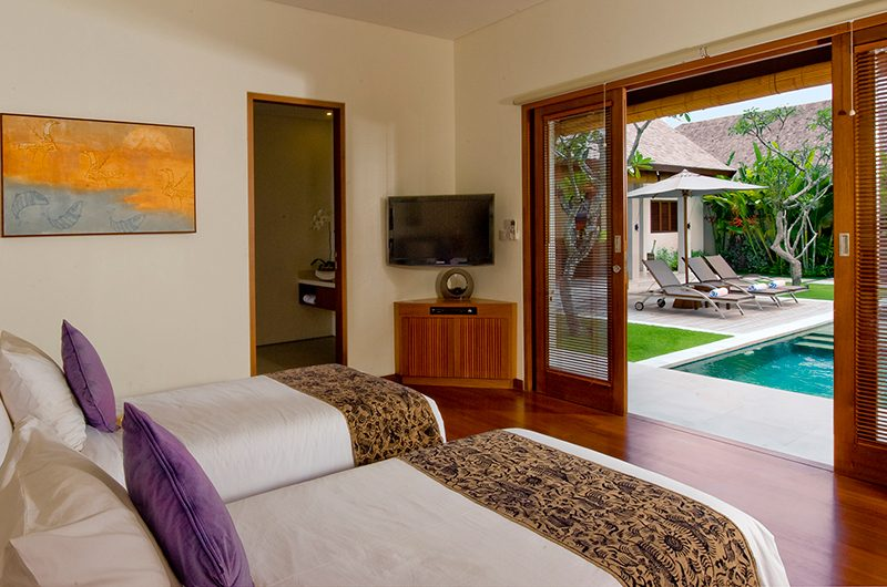 Saba Villas Bali Villa Bima Twin Bedroom with Pool View | Canggu, Bali