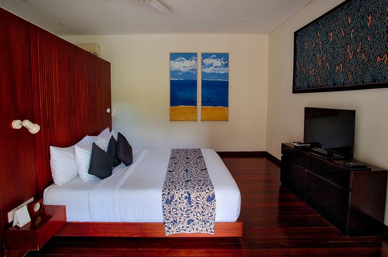Saba Villas Bali Villa Nakula Bedroom with TV | Canggu, Bali