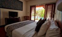 Saba Villas Bali Villa Nakula Twin Bedroom with Pool View | Canggu, Bali
