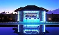 Villa Samudra Raya Pool Bar I Seminyak, Bali
