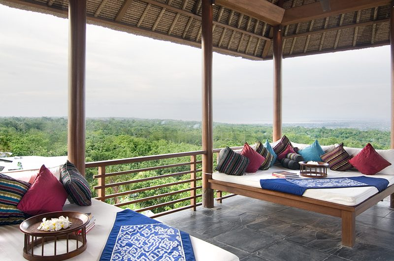 The Longhouse Outdoor Lounge | Jimbaran, Bali