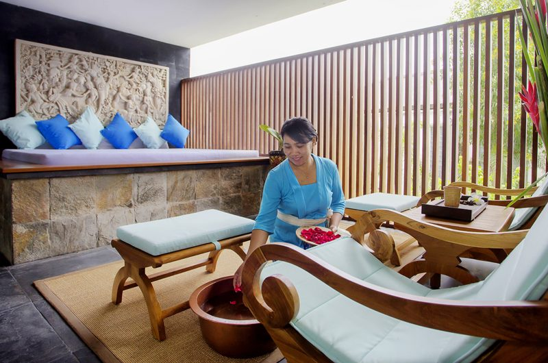 The Longhouse Indoor Seating Area | Jimbaran, Bali