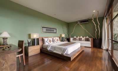 The Longhouse Spacious Bedroom with Wooden Floor | Jimbaran, Bali