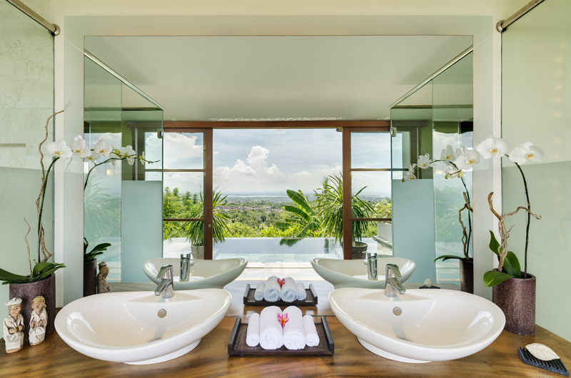 The Longhouse His and Hers Bathroom | Jimbaran, Bali