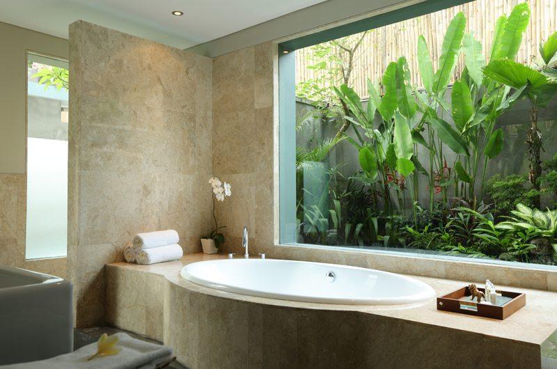 The Shanti Residence En-suite Bathroom | Nusa Dua, Bali