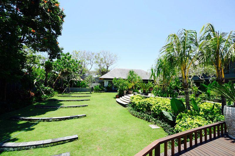The Shanti Residence Tropical Garden | Nusa Dua, Bali
