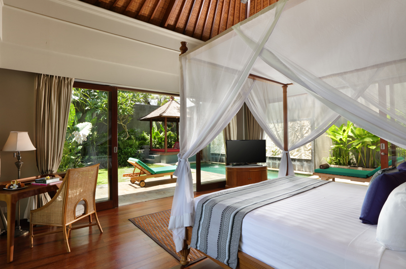 The Shanti Residence Bedroom with Study Table | Nusa Dua, Bali