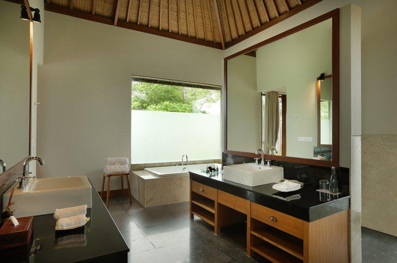 The Shanti Residence Bathroom One | Nusa Dua, Bali