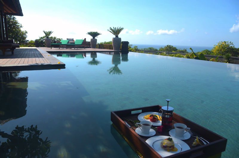 Floating Breakfast | Nusa Dua, Bali