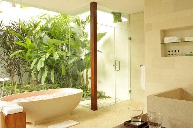 Villa Asante En-Suite Bathroom | Canggu, Bali