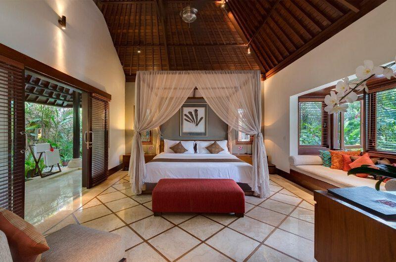 Villa Asta Bedroom | Batubelig, Bali