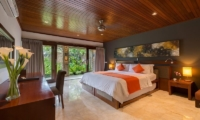 Villa Asta Guest Bedroom | Batubelig, Bali