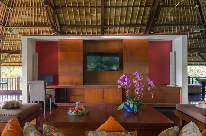 Villa Asta TV Area | Batubelig, Bali