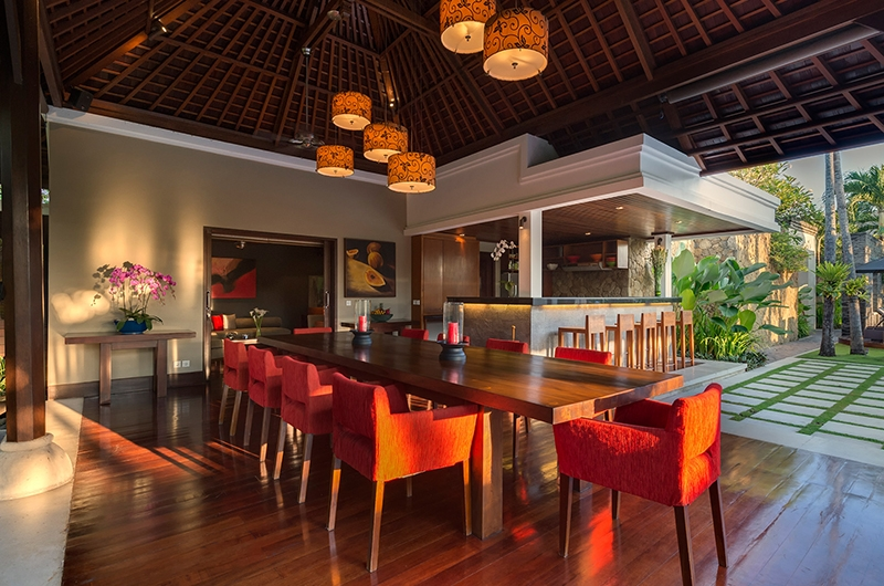 Villa Asta Dining and Bar Area | Batubelig, Bali