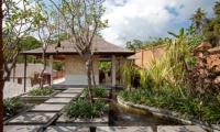 Villa Atacaya Pathway | Seseh, Bali