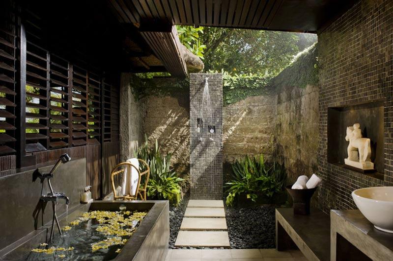 Villa Atas Ombak Ocean Bathroom I Seminyak, Bali